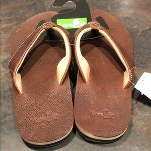 Sanuk M's John Doe 2 Sandals NWT!
